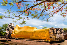 Temple Of The Reclining Buddha...
