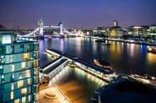 High Angle View Of Thames Rive...