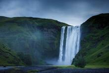 Skogafoss Waterfall And Grass ...