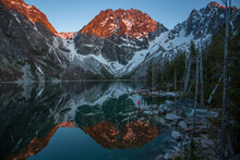 Reflection Of Mountains In Col...