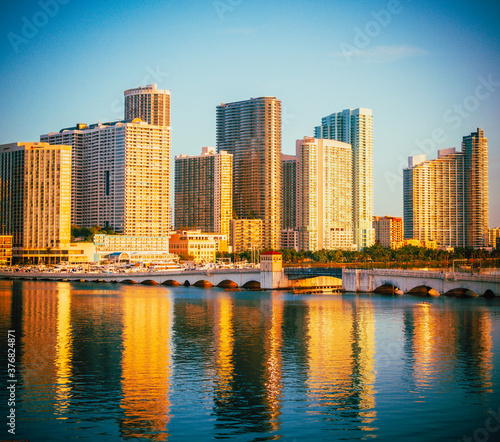 Fototapety, obrazy: miami skyline city sunrise reflections buildings bridge cityscape architecture beautiful florida usa