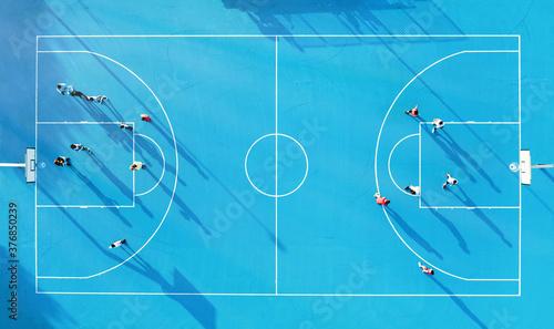 Photographie campo da basket blu vista verticale