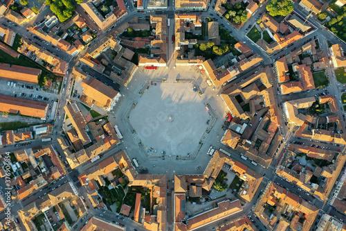 Palmanova città fortezza e Piazza Grande vista dall'alto -La città stellata ital Wallpaper Mural