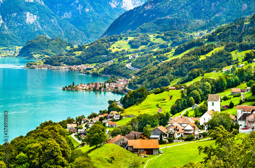 Papel de parede Landscape at Walensee Lake in Switzerland