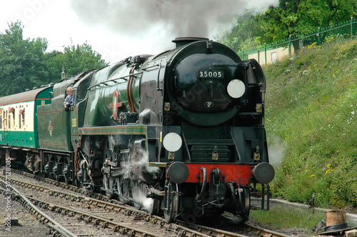 Canvas Print Canadian Pacific accelerates away