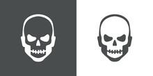 Feliz Halloween. Día De Los Muertos. Disfraz De Zombi. Cabeza De Hombre Con Máscara De Calavera En Fondo Gris Y Fondo Blanco