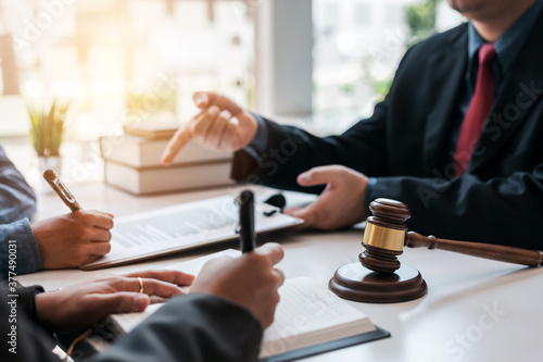 Signing of a contract with a consultant lawyer. Fototapeta
