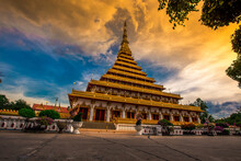 Phra Mahathat Kaen Nakhon, Or Wat Nong Wang, Is A Royal Temple With Beautiful Sculptures Of 9-storey Relics, A Landmark Buddhist Site In Khon Kaen Province, Thailand.