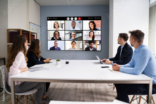 Foto Online Video Conference Social Distancing Business Meeting