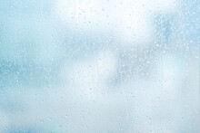 雨 水滴 窓ガラス