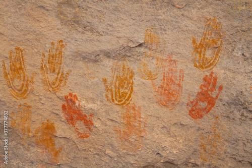 Anasazi cave paintings of human hands at Canyonlands National Park in Utah Fototapeta