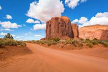 Famous Red Rocks Of Monument V...