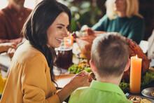 Full Family Thanksgiving Holid...