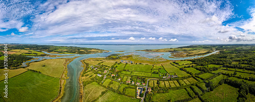 Foto Aerial panoramic view of Newtown of isle of Wight