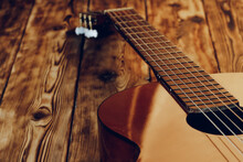 Wooden Acoustic Guitar Body An...