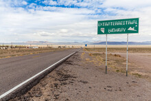 Driving North West Along The Extraterrestrial Highway In To The Very Small Town Of Rachel, An Area Synonymous With UFO Sightings And Secret Government Facilities!
