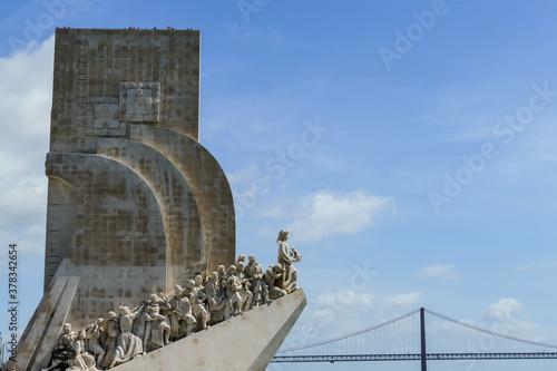 Fototapeta monument to discoveries in lisbon, beautiful photo digital picture obraz