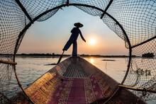Myanmar, Shan State, Silhouett...