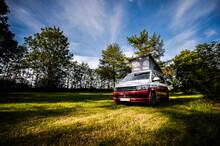 VW Bulli Camper Vanille