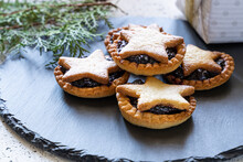 Christmas Homemade Mince Pies ...