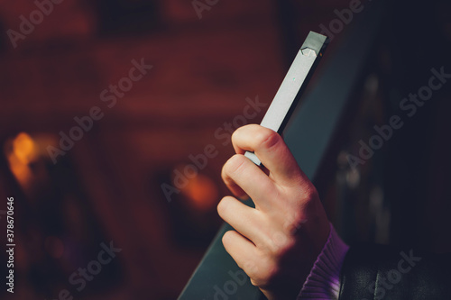 Fototapeta POD or ultra-portable systems vape is the newest Electronic cigarette technology
