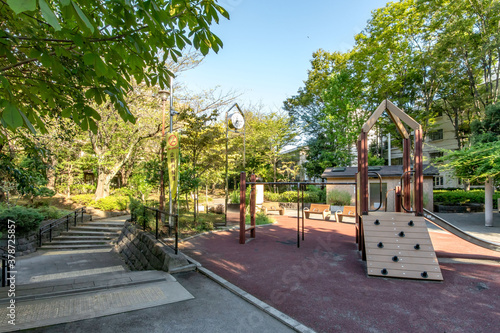Fototapeta 東京都の渋谷区立広尾北公園 obraz na płótnie