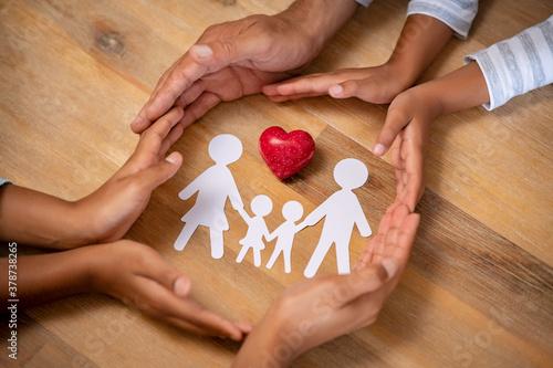 Obraz na plátně Family protection and care concept