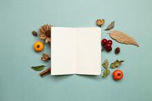 Autumn Concept. Empty Note Pap...