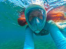Red Hair Woman In Snorkeling M...