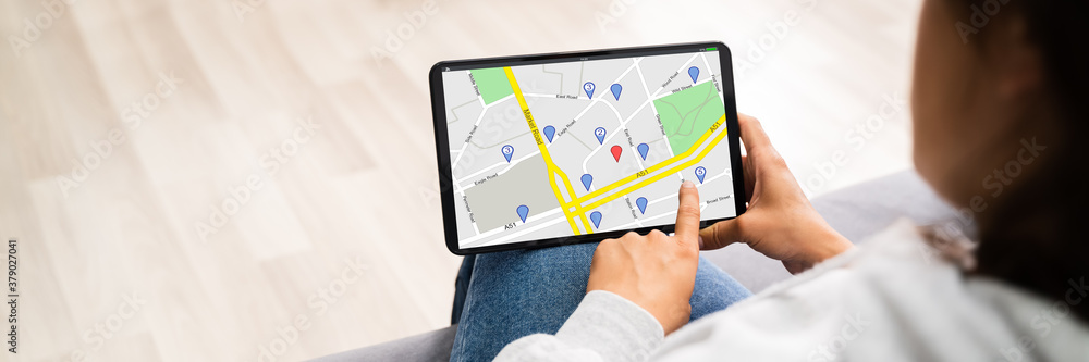 Fototapeta Location Map On Tablet Computer