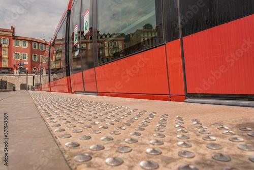 quai du tramway de Nice antidérapant Canvas Print