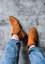 Women's Feet In Mom's Jeans An...