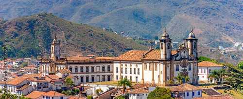 Obraz na plátně Panoramic view from the top of the historic center of Ouro Preto with its houses