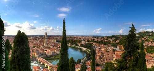 Blick auf die Altstadt von Verona, Italien Canvas