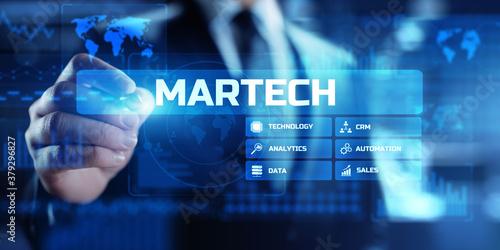 Fotografía MARTECH, Marketing technology business concept on virtual screen dashboard