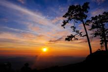 The Morning Sun At Pha Nok Aen...