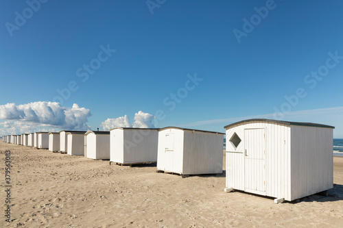 Obraz na plátně Beach huts at the beach of Blokhus, North  Jutland, Denmark