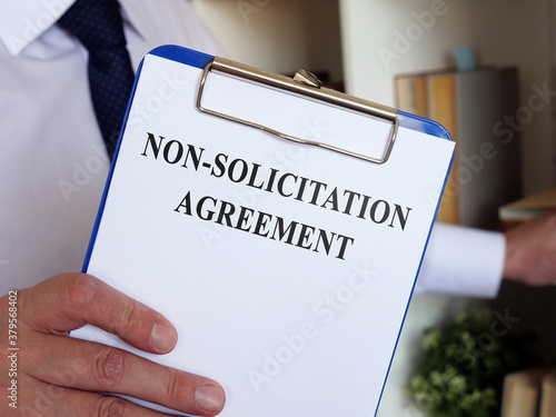 Non solicitation Agreement concept Fototapet