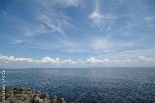 夏の雲と空と海 Wallpaper Mural