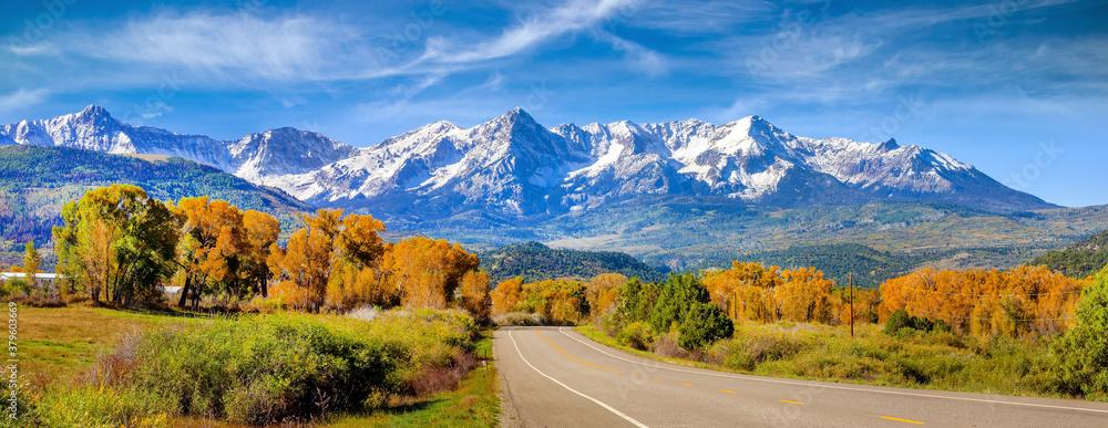 Fototapeta Landscape view of countryside  Colorado  fall season