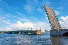 Divorced Troitsky Bridge With ...