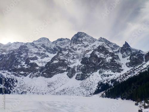 Polskie góry tatry zimą