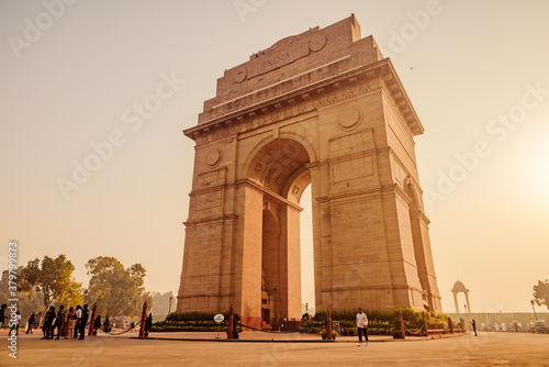 Fotomural India Gate or All India War Memorial at New Delhi is a triumphal arch architectural style memorial designed by Sir Edwin Lutyens to 82,000 soldiers of the Indian Army who died in the First World War