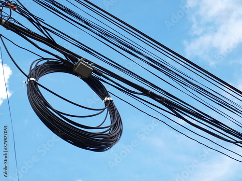 Cuadros en Lienzo Electric wires roll on the cable