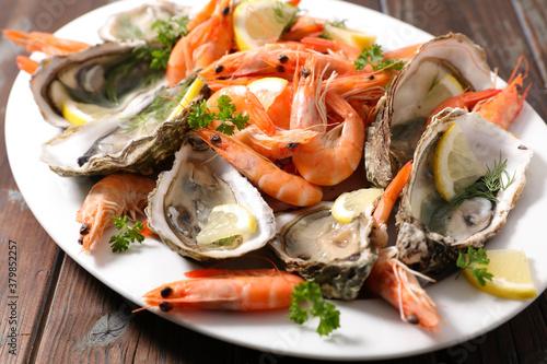 seafood platter- shrimp and oyster Wallpaper Mural
