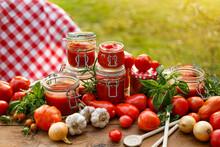 Homemade Canned Tomato Preserv...