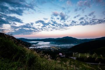 由布院の朝霧