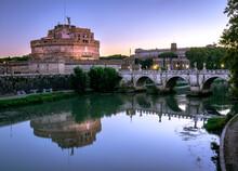 Castel Sant'angelo All'alba, C...