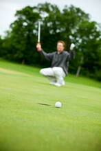 Golf: Man Misses Putt On Green