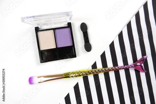 Obraz na plátne Palette of eyeshadows in beige lilac tones,  shimmer eyeshadows